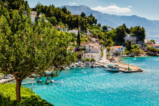 Renting In Croatia, Health Insurance In Hong Kong, And Becoming Fluent In Italian