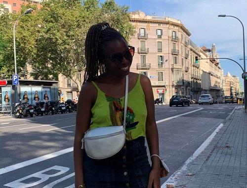 Laetitia, Barcelona